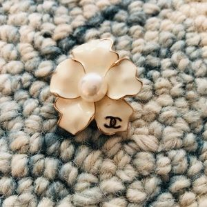 Brand New Camellia Pearl Brooch